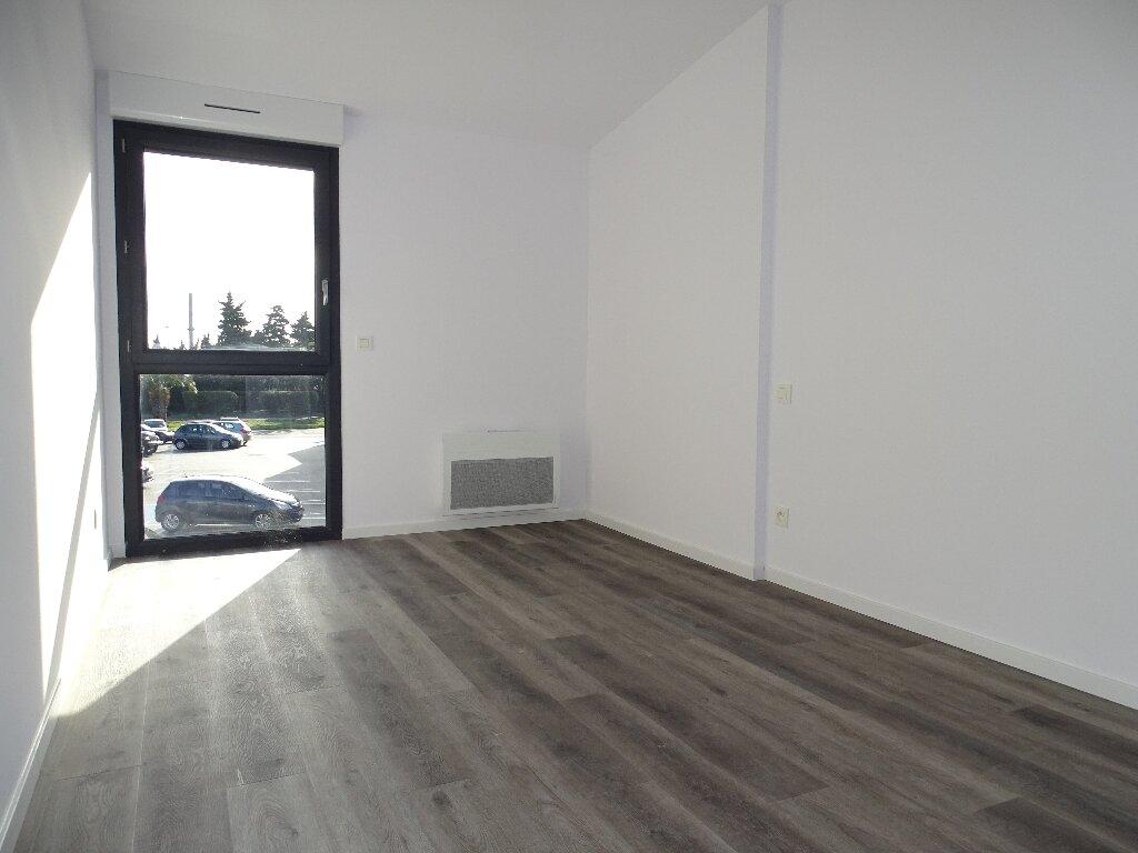 Appartement à louer 3 85m2 à Sainte-Marie vignette-4