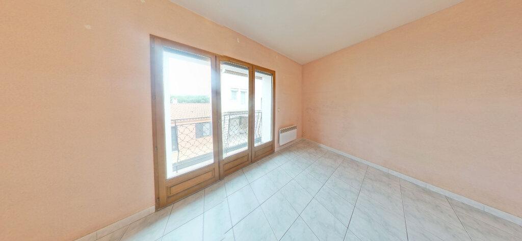 Maison à louer 4 80m2 à Espira-de-l'Agly vignette-3
