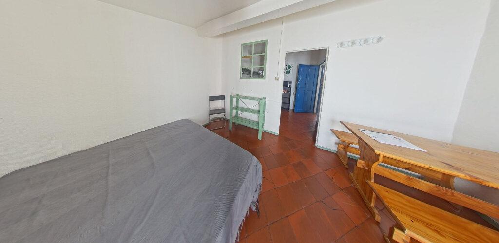 Appartement à louer 1 19m2 à Perpignan vignette-2