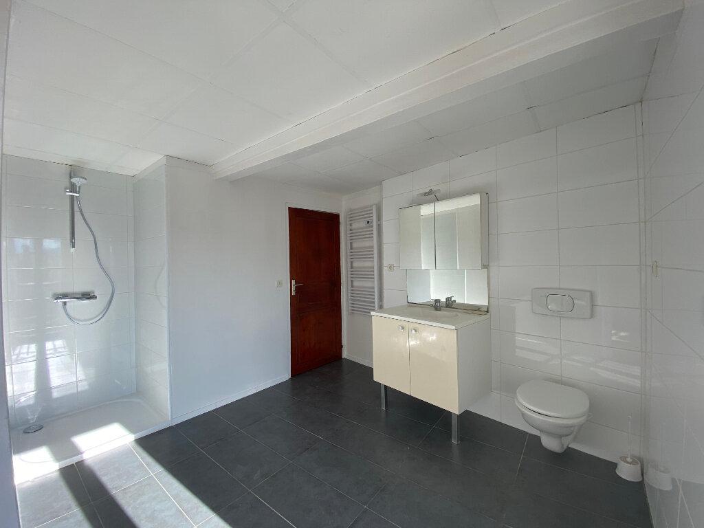 Maison à louer 3 70m2 à Palau-del-Vidre vignette-5