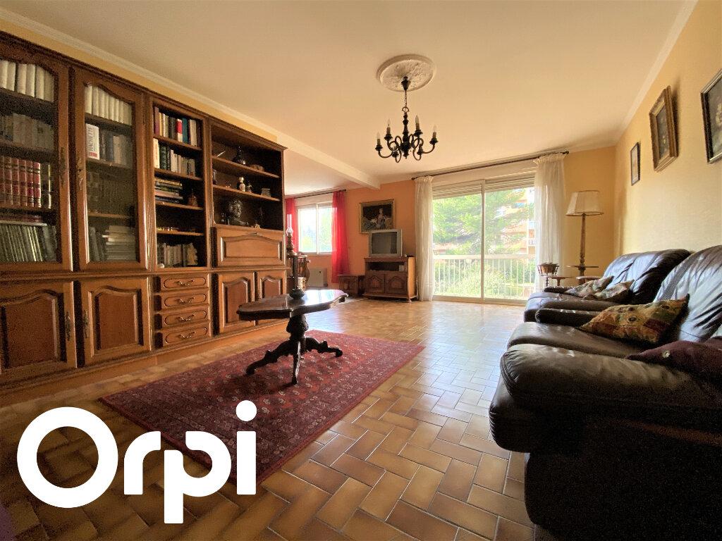 Appartement à vendre 5 110m2 à Perpignan vignette-1