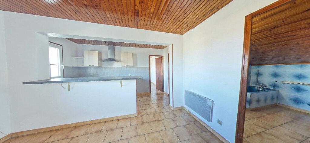 Appartement à louer 3 65m2 à Latour-Bas-Elne vignette-3