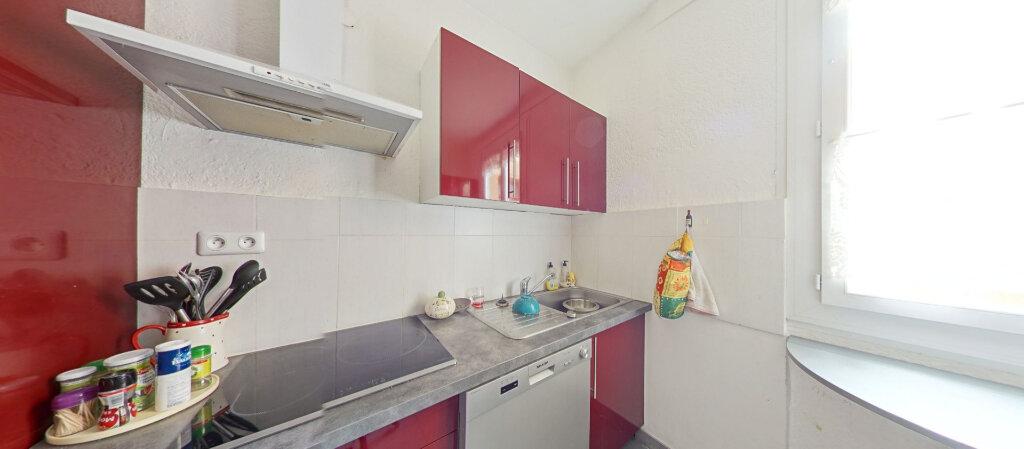 Appartement à louer 3 70m2 à Saint-Cyprien vignette-5