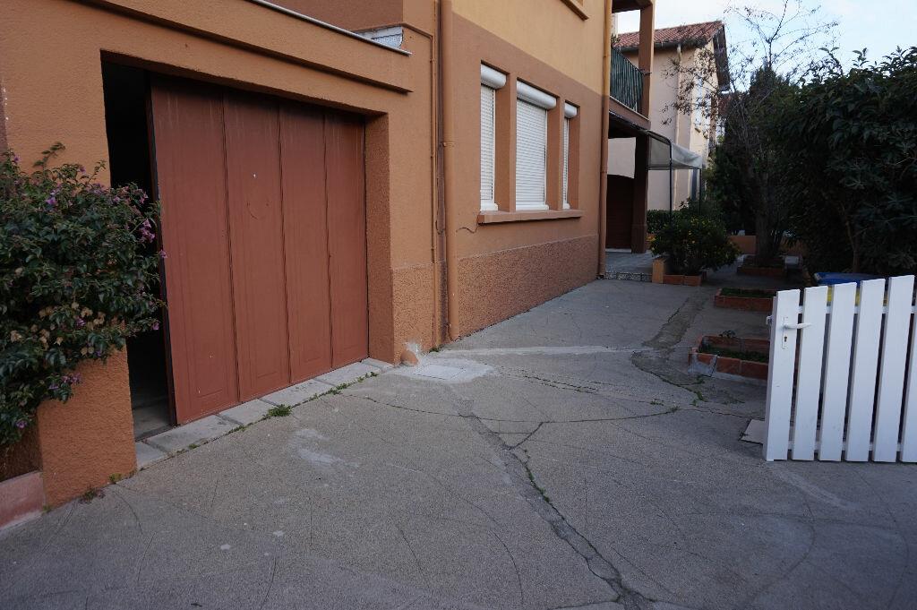 Appartement à louer 3 70m2 à Saint-Cyprien vignette-8