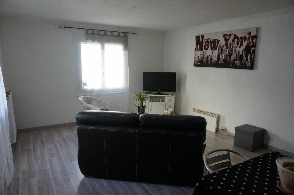Appartement à louer 3 60m2 à Canohès vignette-1