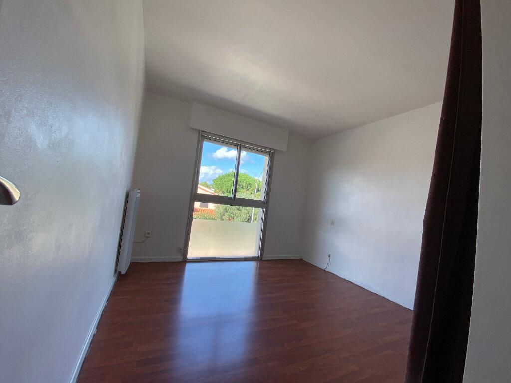 Appartement à vendre 4 113m2 à Perpignan vignette-11