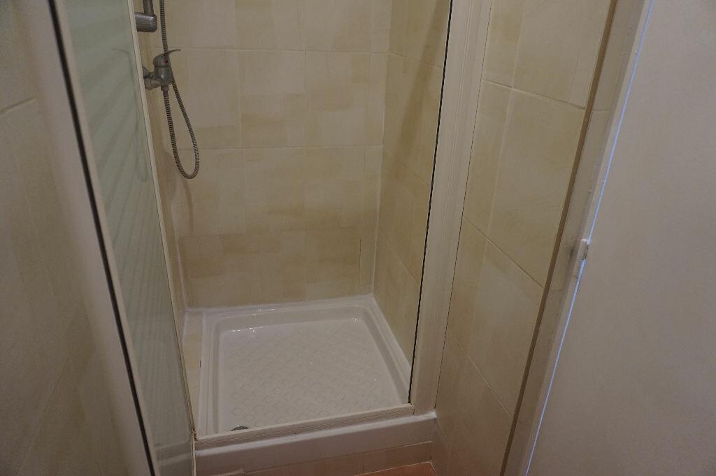 Appartement à louer 1 20m2 à Canet-en-Roussillon vignette-6