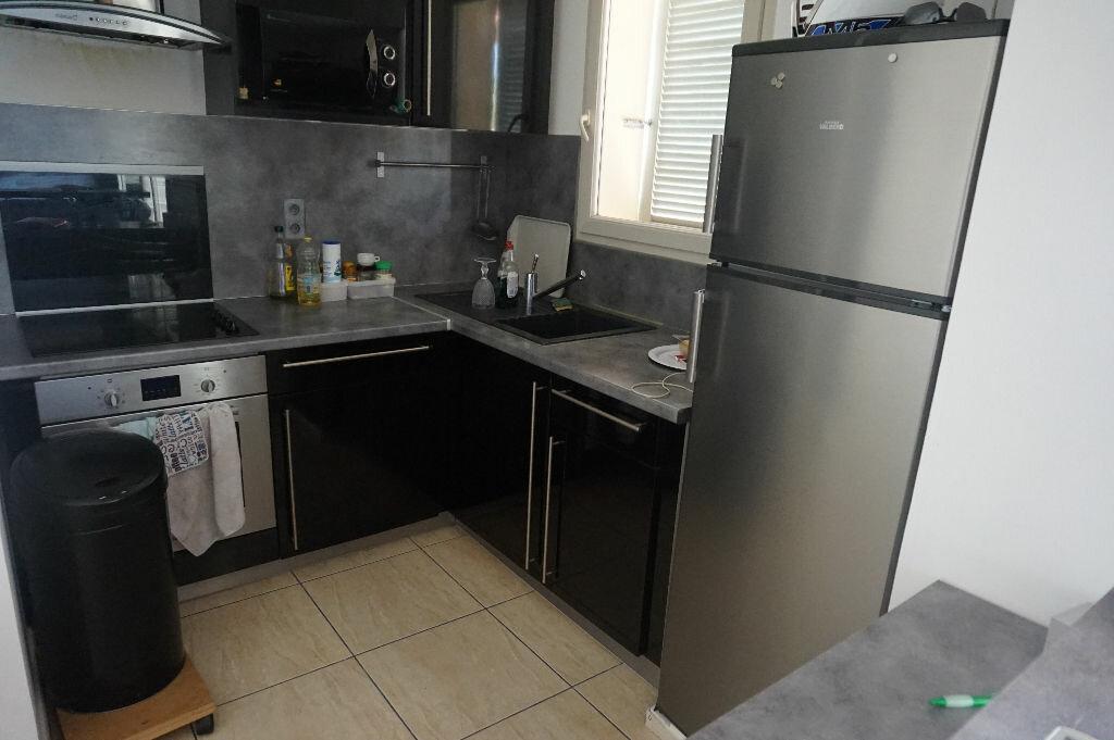 Appartement à louer 2 37m2 à Céret vignette-3