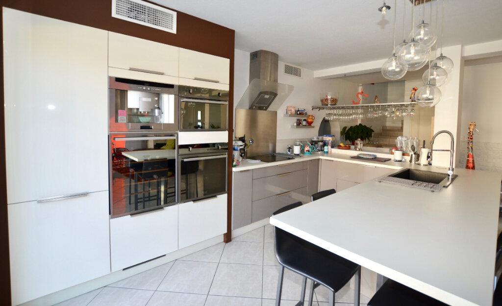 Maison à vendre 5 108m2 à Perpignan vignette-5