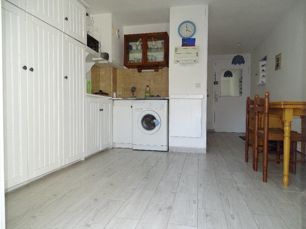 Appartement à vendre 2 22m2 à Sainte-Marie vignette-1