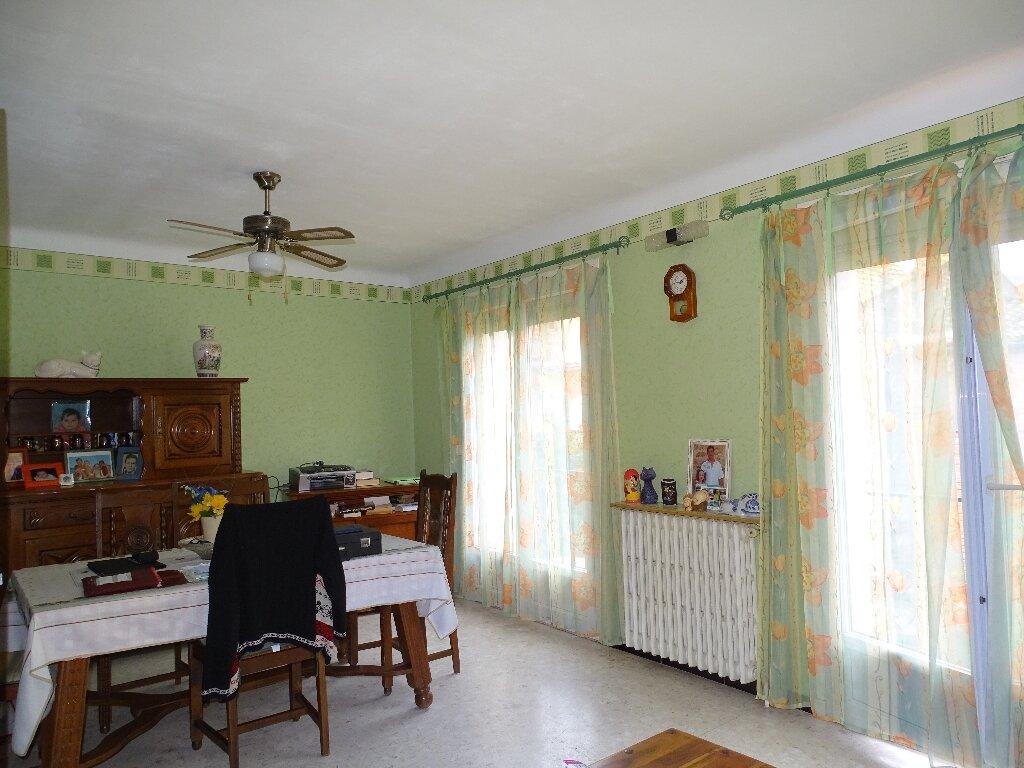 Maison à vendre 6 120m2 à Sainte-Marie vignette-2