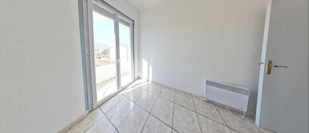 Appartement à louer 3 73m2 à Perpignan vignette-4