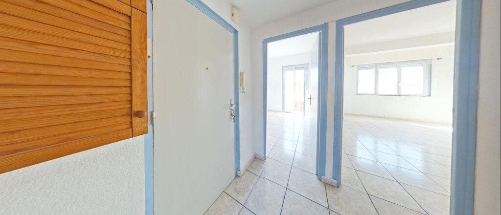 Appartement à louer 3 73m2 à Perpignan vignette-5