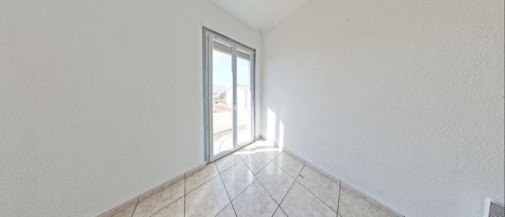 Appartement à louer 3 73m2 à Perpignan vignette-6