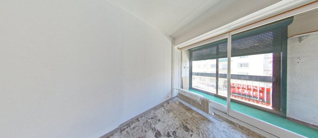 Appartement à louer 2 38.08m2 à Perpignan vignette-5