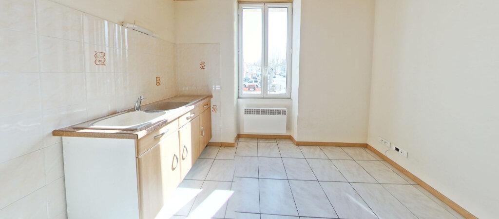 Appartement à louer 2 30m2 à Ille-sur-Têt vignette-1