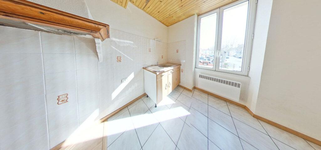 Appartement à louer 2 30m2 à Ille-sur-Têt vignette-2