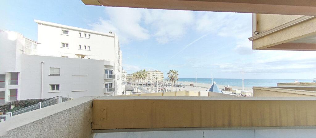 Appartement à louer 1 28.11m2 à Canet-en-Roussillon vignette-2