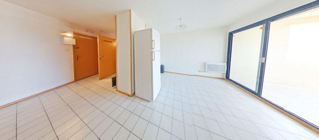 Appartement à louer 1 28.11m2 à Canet-en-Roussillon vignette-3