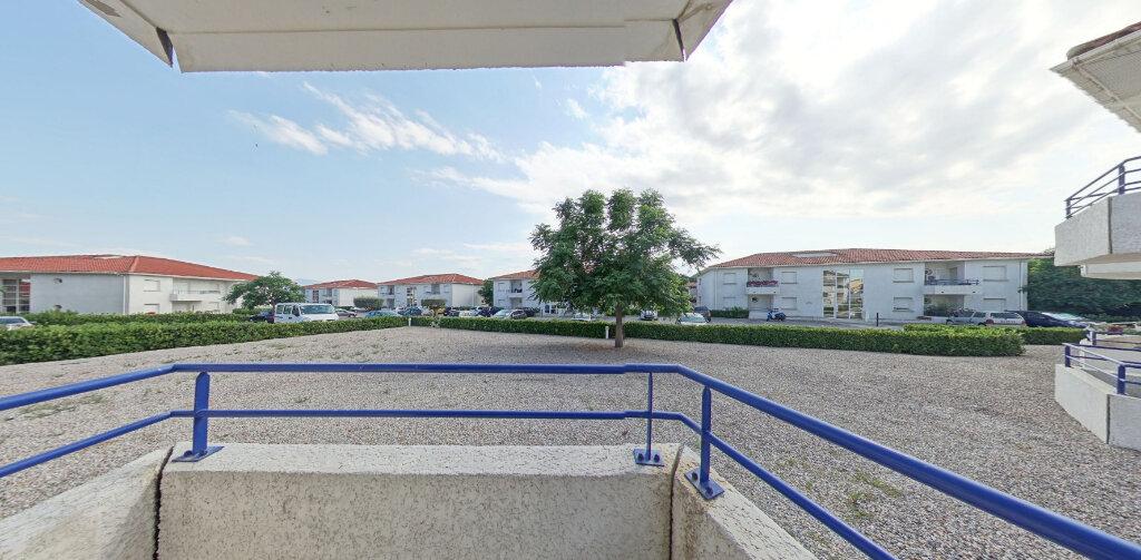 Appartement à louer 3 61m2 à Perpignan vignette-3