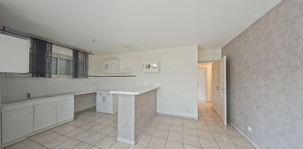 Appartement à louer 3 61m2 à Perpignan vignette-4