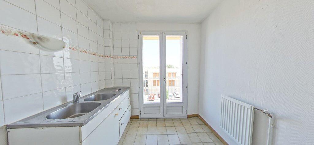 Appartement à louer 3 60m2 à Perpignan vignette-2