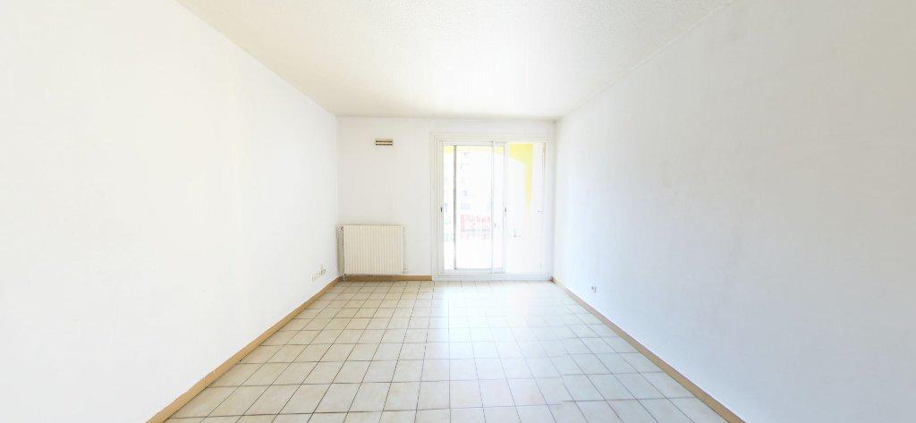 Appartement à louer 3 60m2 à Perpignan vignette-3