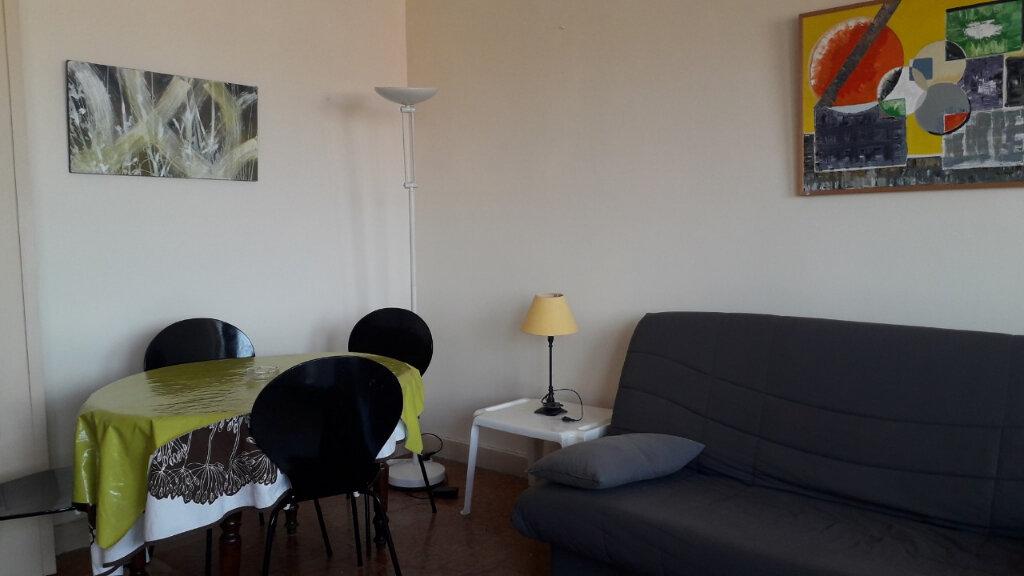 Appartement à louer 2 40m2 à Perpignan vignette-1