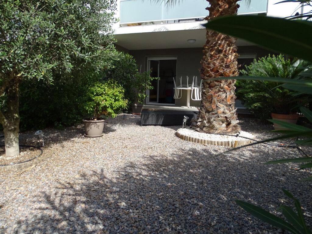 Appartement à vendre 4 76m2 à Sainte-Marie vignette-2