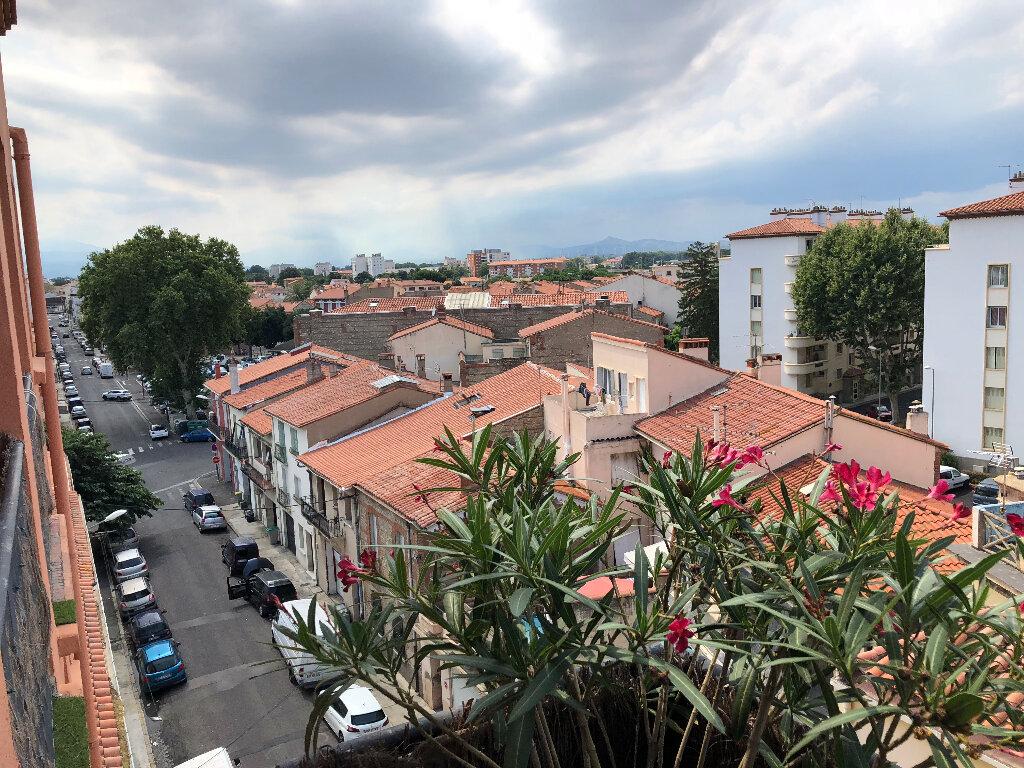 Appartement à louer 3 71m2 à Perpignan vignette-4