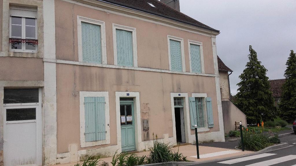 Maison à vendre 4 111m2 à Moncé-en-Saosnois vignette-4