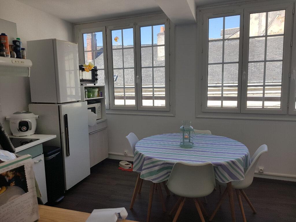 Appartement à louer 2 40m2 à Mamers vignette-6
