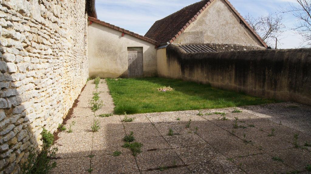 Maison à louer 3 73m2 à Mamers vignette-13