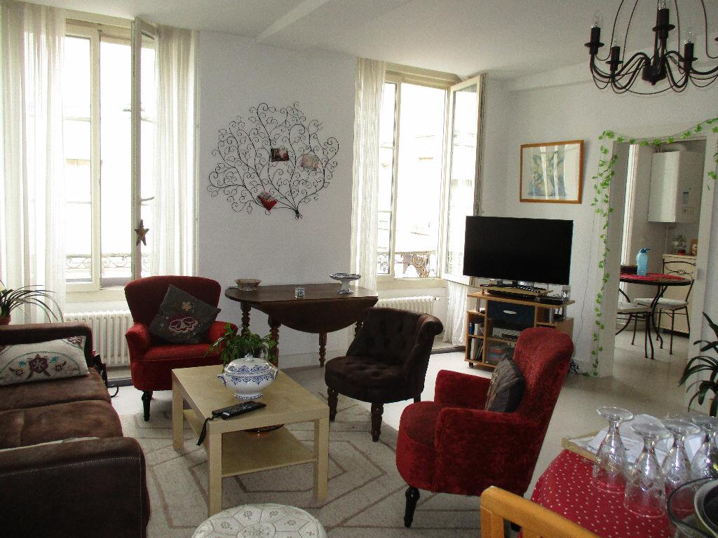 Appartement à louer 3 107m2 à Mamers vignette-9