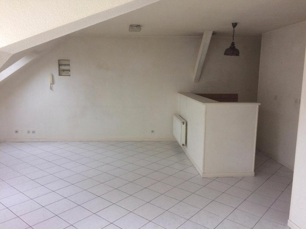 Appartement à louer 4 65m2 à Mamers vignette-2