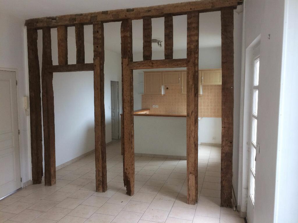 Appartement à louer 3 60m2 à Mamers vignette-3