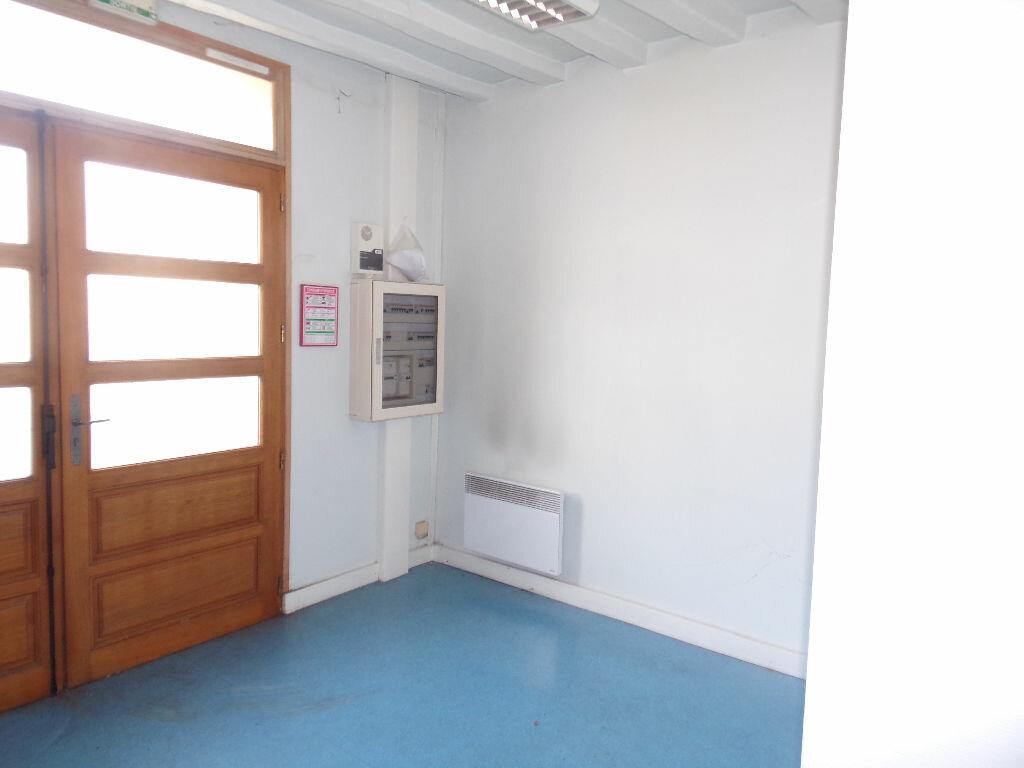 Maison à vendre 4 116m2 à Saint-Cosme-en-Vairais vignette-7