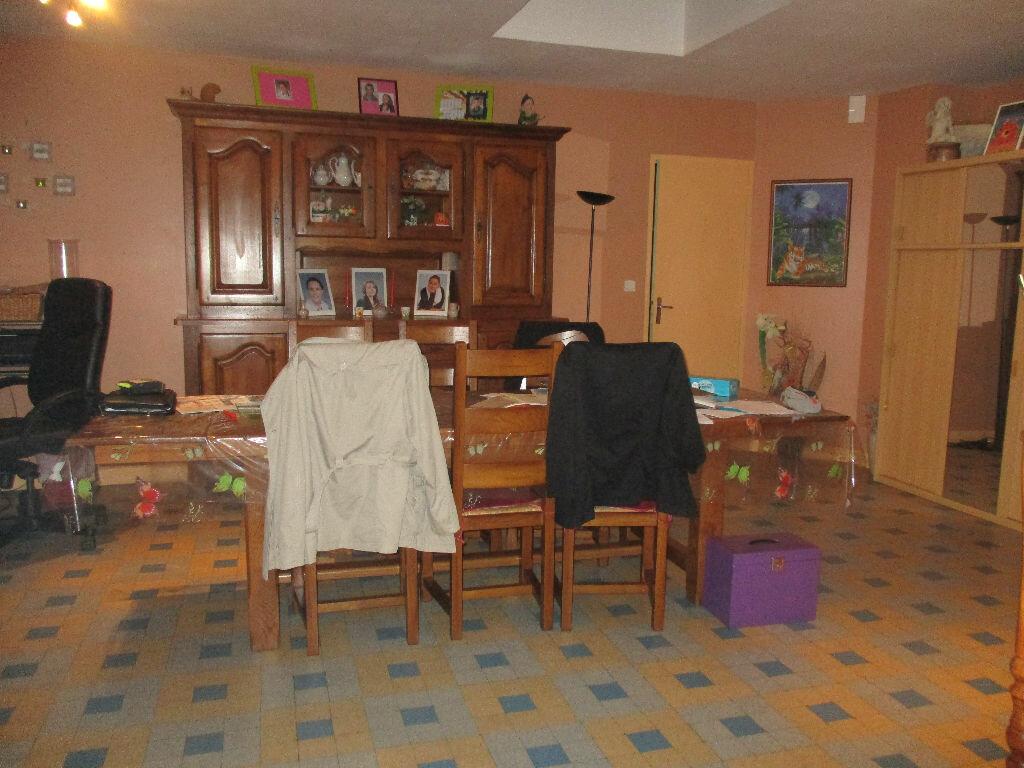 Maison à vendre 9 139m2 à Mézières-sur-Ponthouin vignette-5