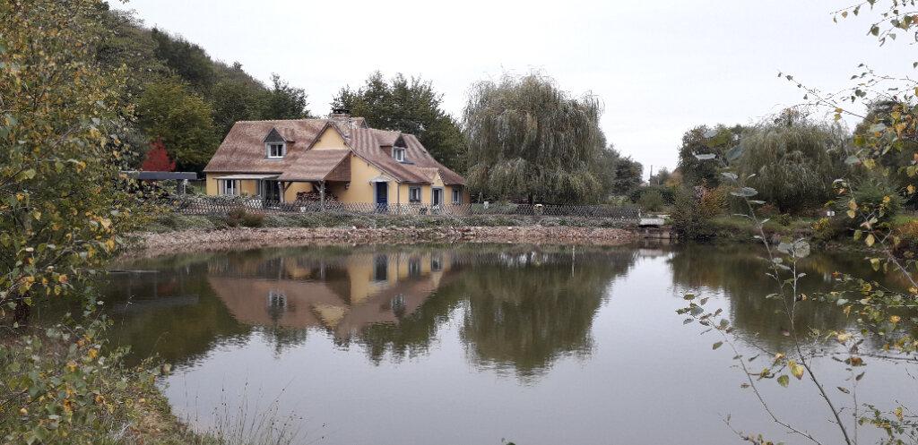 Maison à vendre 6 150m2 à Saint-Célerin vignette-1