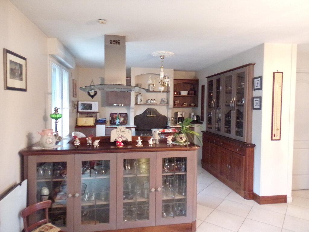 Maison à vendre 6 150m2 à Saint-Célerin vignette-9