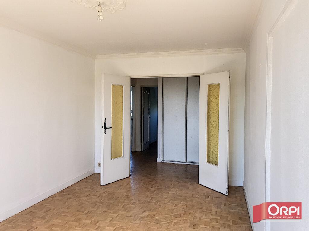 Appartement à vendre 4 77m2 à Le Mans vignette-4