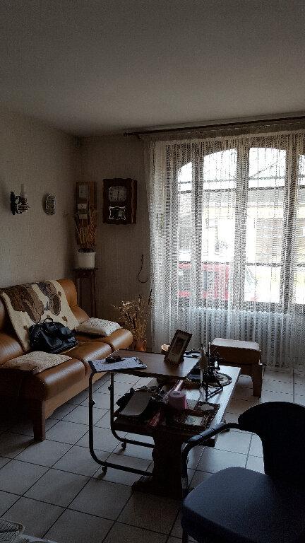 Maison à vendre 6 152m2 à Saint-Cosme-en-Vairais vignette-5