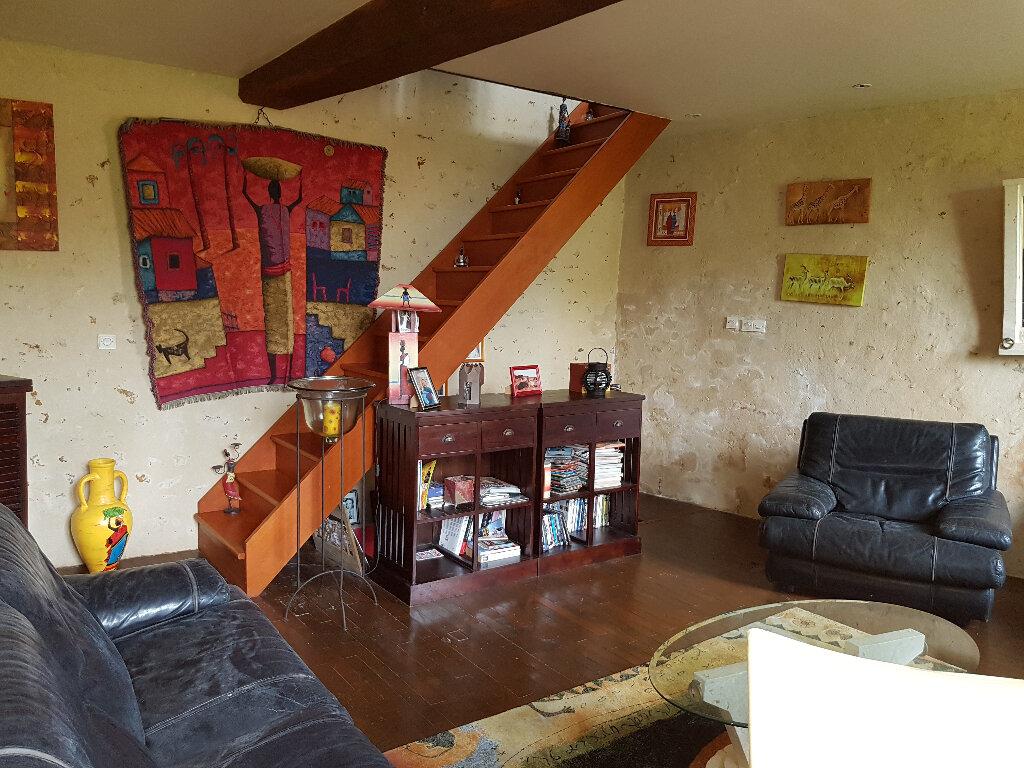 Maison à louer 3 83m2 à La Perrière vignette-4