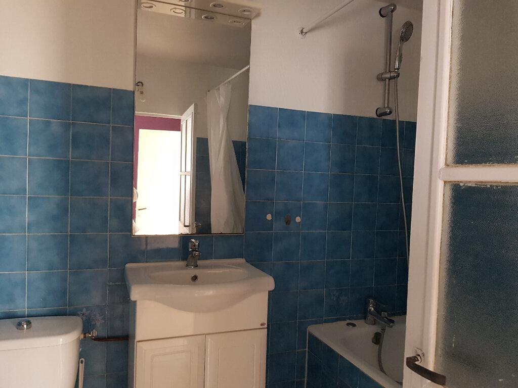 Maison à louer 4 81.5m2 à Mamers vignette-5