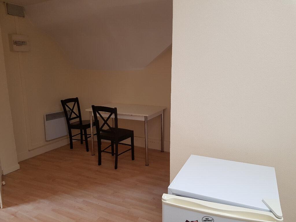 Appartement à louer 2 31m2 à Mamers vignette-5