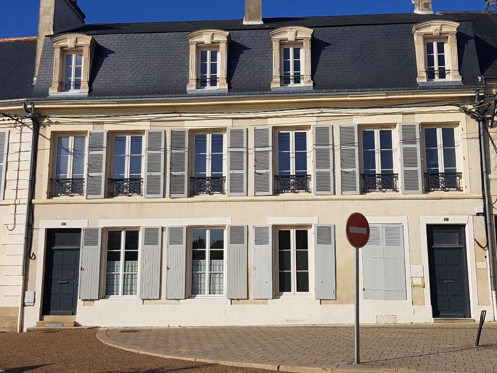 Appartement à louer 1 12.82m2 à Mamers vignette-2