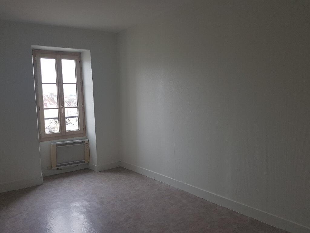 Appartement à louer 3 51m2 à Mamers vignette-4