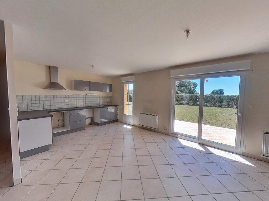 Maison à vendre 4 106m2 à Marollette vignette-3