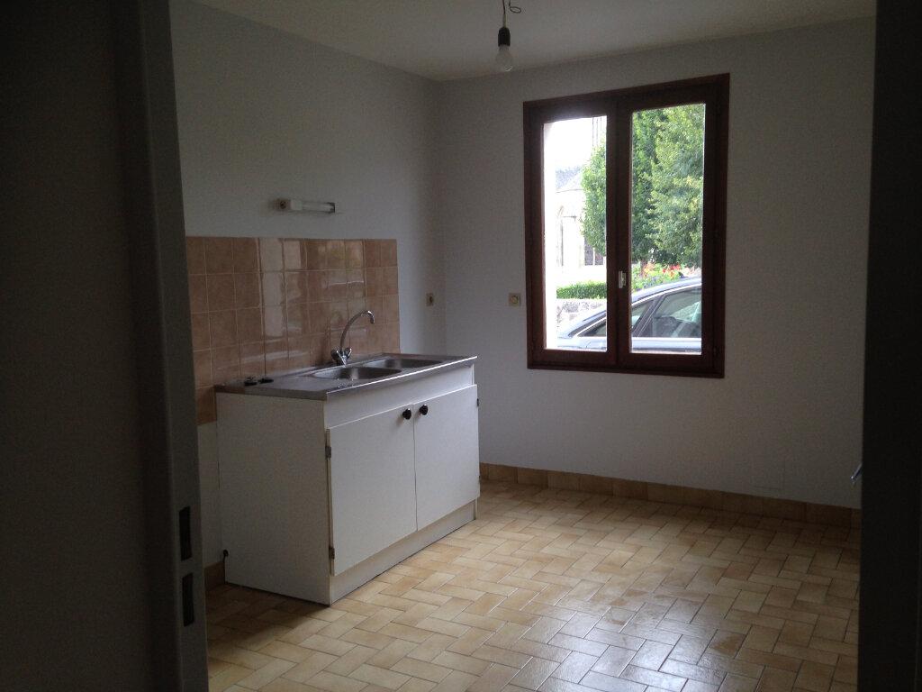 Appartement à louer 2 57m2 à Mamers vignette-2