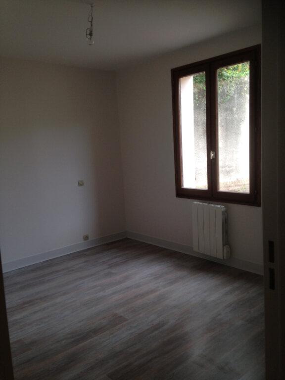 Appartement à louer 2 57m2 à Mamers vignette-4